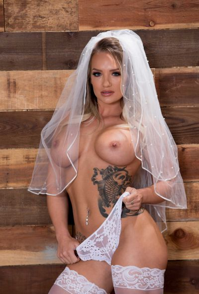 Photo №1 Sexy bride with big ass gets hard anal fucked by groom
