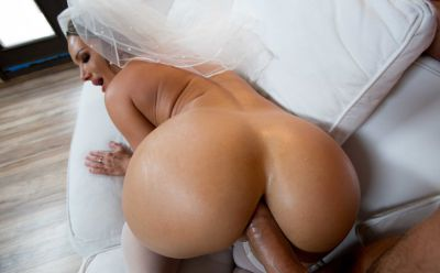 Photo №17 Sexy bride with big ass gets hard anal fucked by groom