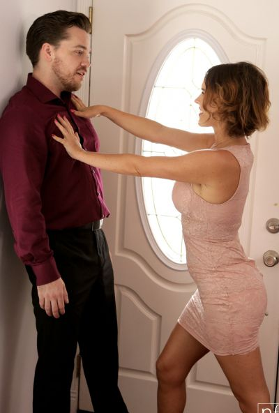 Photo №1 Husband fucked lascivious wife Krissy Lynn in stockings and cum on her chest