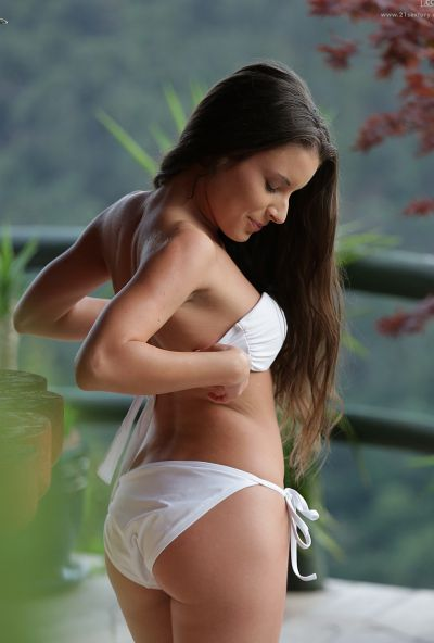 Photo №3 All natural girl Anita Bellini began to masturbate with fingers on balcony
