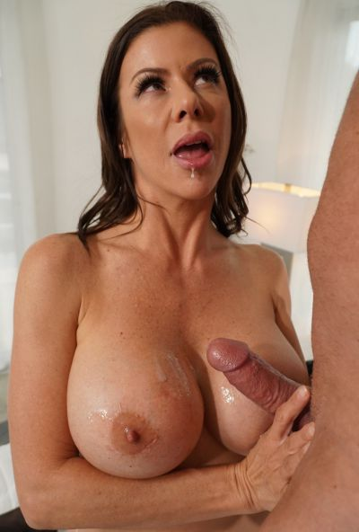 Photo №19 Stunning mom in hot lingerie Alexis Fawx gives blowjob and enjoys tasty cum