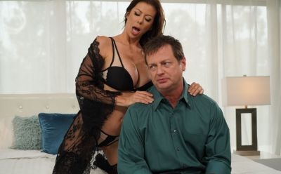 Photo №2 Stunning mom in hot lingerie Alexis Fawx gives blowjob and enjoys tasty cum