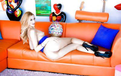 Photo №6 Beautiful blonde porn model Alexa Grace is casting