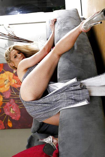 Photo №5 Horny blonde Hunter Lane picking her nose