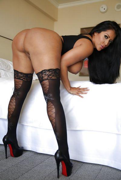 Photo №11 Busty brunette MILF Kiara Mia in stockings