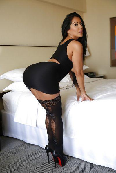 Photo №5 Busty brunette MILF Kiara Mia in stockings
