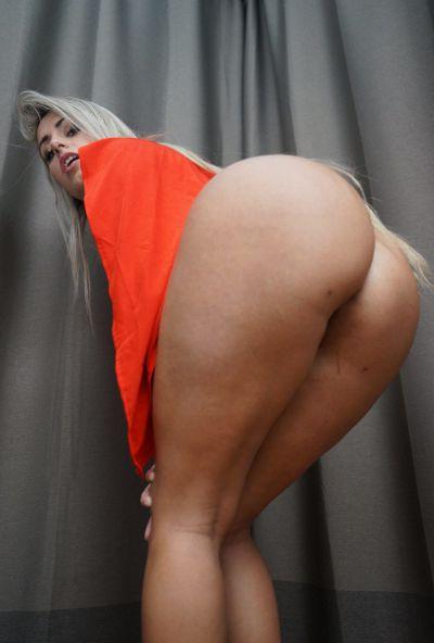 Photo №11 Blonde Latina with big ass & tits Mia Linz gets fucked POV
