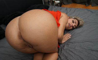 Photo №13 Blonde Latina with big ass & tits Mia Linz gets fucked POV