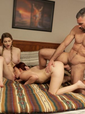 Girlfriend teaches a redhead bride to please her groom in a 3some