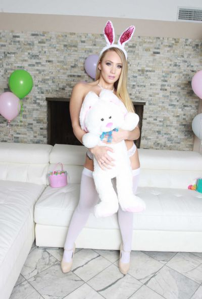 Photo №5 Pretty blonde in bunny hat AJ Applegate shoved a butt plug between her juicy buttocks