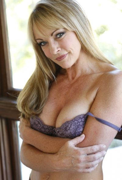 Photo №2 Sexy mature blonde Shayla LaVeaux gets fucked hard with huge dick