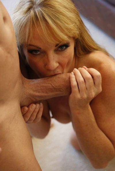 Photo №8 Sexy mature blonde Shayla LaVeaux gets fucked hard with huge dick