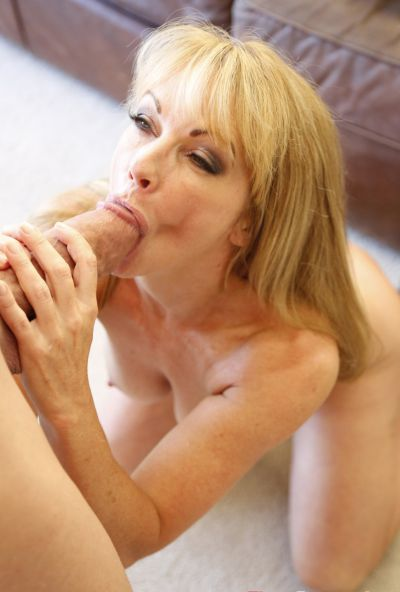 Photo №9 Sexy mature blonde Shayla LaVeaux gets fucked hard with huge dick