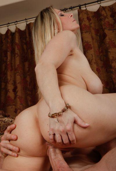 Photo №15 Blonde woman with big tits Devon Lee sucking & riding big cock