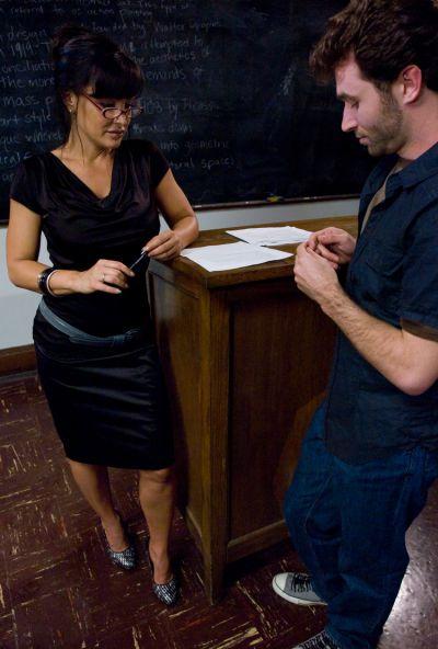 Photo №4 A student spanked hard sexy elderly teacher Lisa Ann
