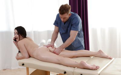 Photo №6 Hot oil client Noelle Easton gets fucked by masseur