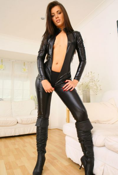 Photo №13 Beautiful brunette Natalia took off her black latex suit