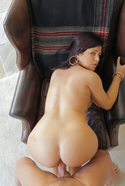 Photo №6 Sexy brunette Keisha Gray gets a massive load of cum after hard sex