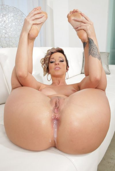 Photo №20 Porn model Jada Stevens gets fucked in all holes and creampied in her big juicy ass