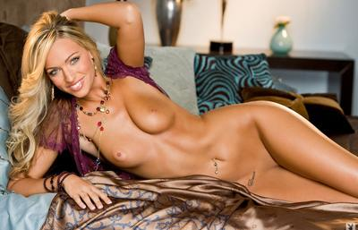 Photo №6 Stunning blonde Marie Morgan blinded with her beautiful naked body