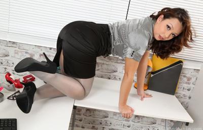 Photo №5 MILF secretary Alicia bared her boobs posing in pantyhose