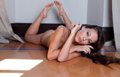 Photo №18 Teen beauty Lorena B showed a perfect trimmed pussy