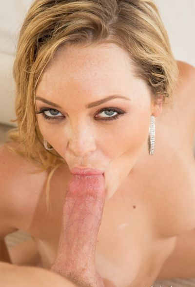 Photo №11 Sexy blonde Alexis Texas wets her hot body before a blowjob & hard fuck
