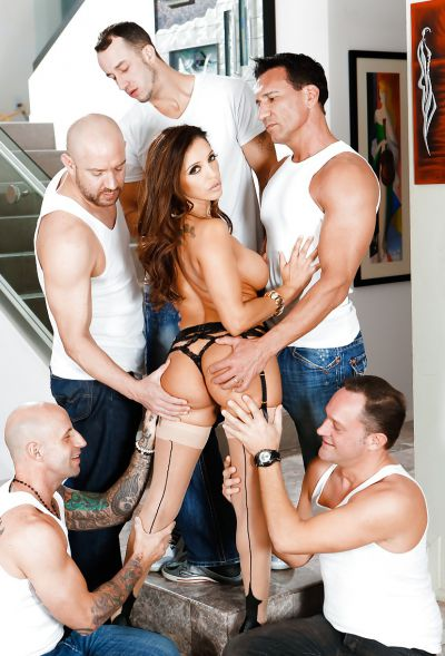 Photo №15 Busty MILF Francesca Le in stockings is preparing for gangbang