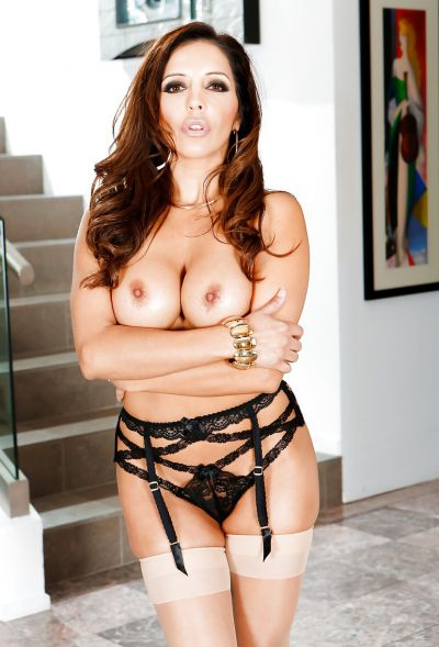 Photo №6 Busty MILF Francesca Le in stockings is preparing for gangbang