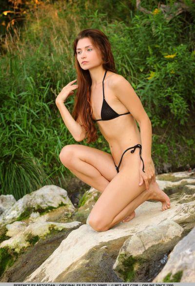 Photo №3 Wet Euro babe Berenice poses in bikini and nude outdoors