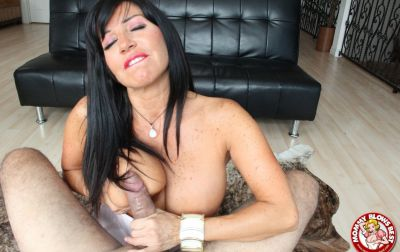 Photo №15 Sexy MILF in white stockings Tara Holiday sucks dick and licks balls