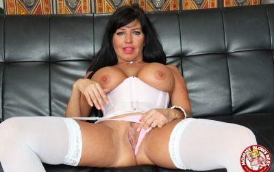 Photo №8 Sexy MILF in white stockings Tara Holiday sucks dick and licks balls