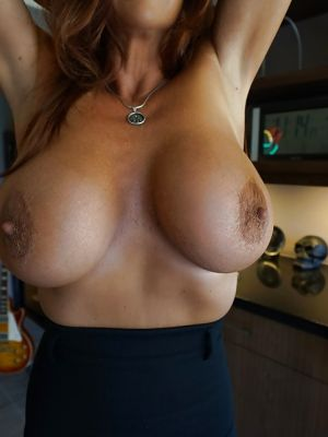 Mature brunette with big tits Sandra Otterson