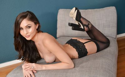 Photo №9 Young brunette Ariana Marie seduce anyone